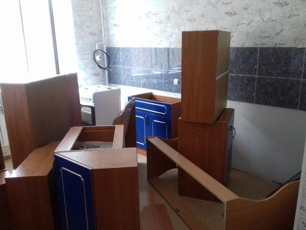 Кухня,кухонный гарнитур: разборка сборка упаковка мебели. Мебельщик