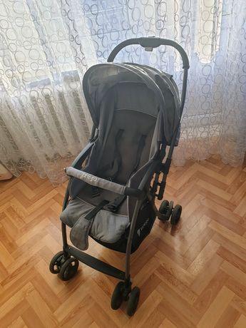 Продам детскую коляску Prego б/у