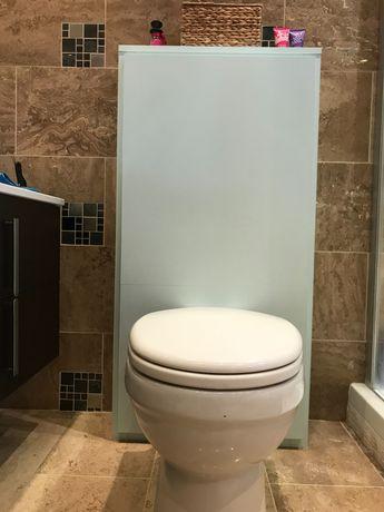 Шкаф за тоалетна