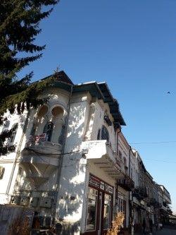 Vând apartament lângă Primăria Târgoviște