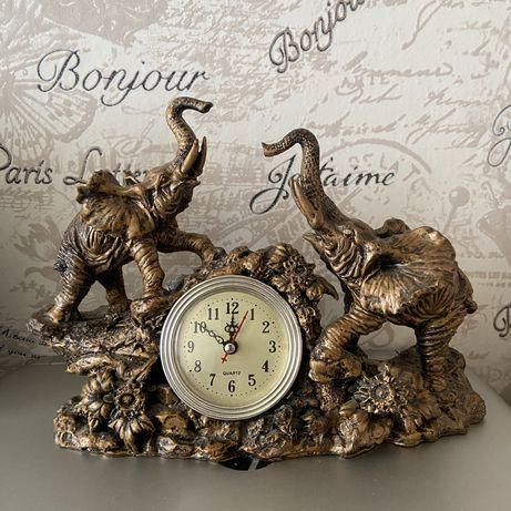 Продам часы декоративные