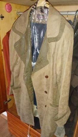 Дамско палто пастелно зеленикав цвят № XL
