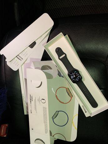 Apple Watch SE Space Gray 44mm