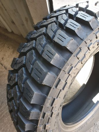Vand anvelope noi off road MT 205/80 R16 Maxxis Trepador Radial