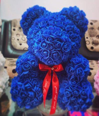 Ursuleti din trandafiri de spuma