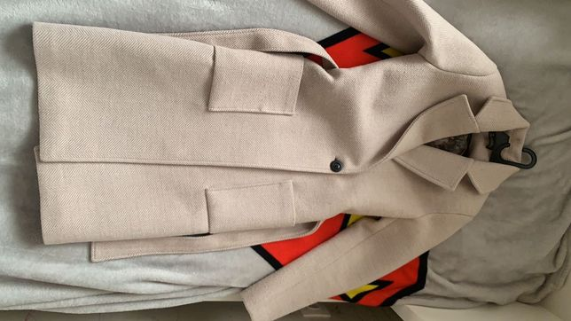 Продам стильное осеннее пальто