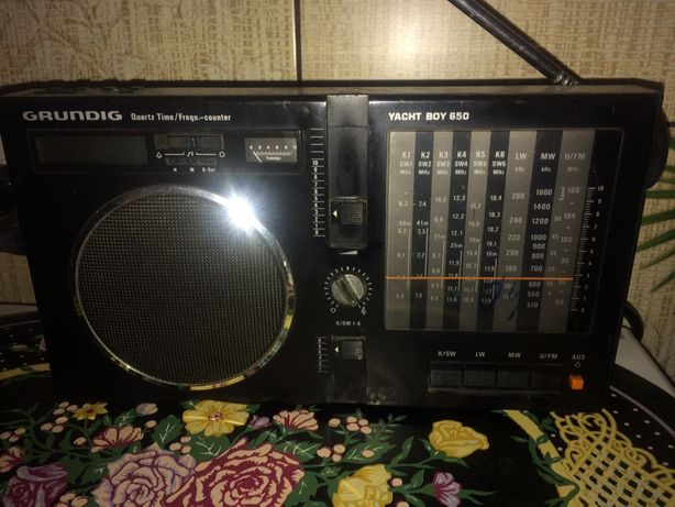 Radio grundig yacht boy 650