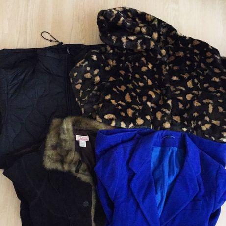 Дамски палта и якета на едро втора употреба по 5лв за брой