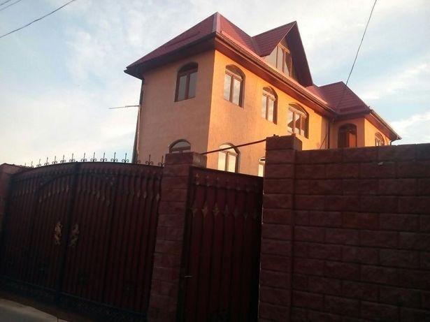Продам дом.в дачном массиве срочно цена окончательна.небольшой торг ум