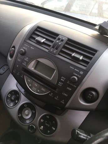 Unitate radio cd Toyota RAV4