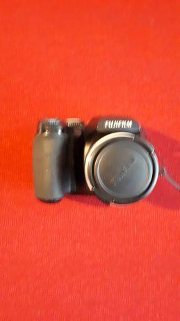 Camera foto digitală Fujifilm Finepix S5700