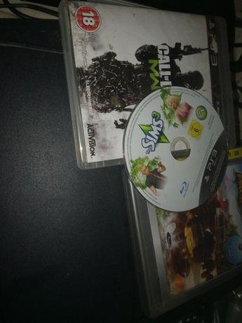 Продавам плейстейшън 3 слим с три игри с никакви следи от употреба