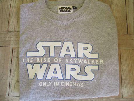 Оригинална тениска на последния Star Wars (размер М)