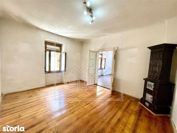Casa 4 camere - Pretabil investitie - curte comuna -  Orasul de Jos