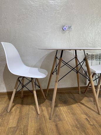 Столы и стулья дизайнерские