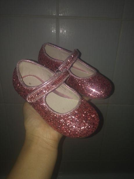 Продам новые туфли 25 размер Next брэнд