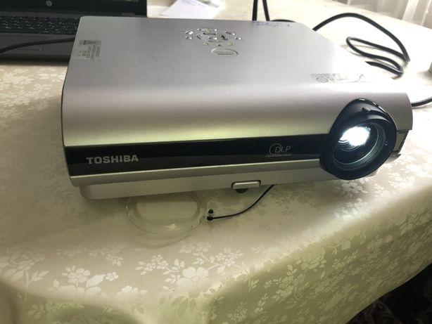Проектор Toshiba TDP-S25