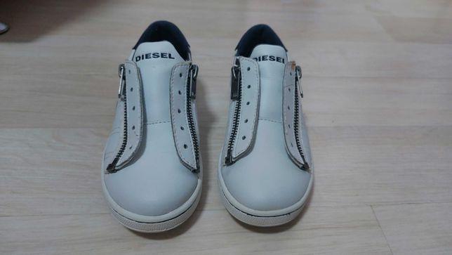 Pantofi sport din piele -Diesel, culoare alb, marimea 30