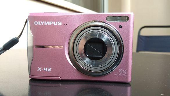 Фотоапарат OLYMPUS X-42+подаръци