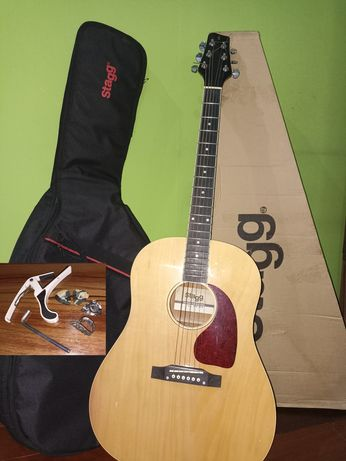 Акустическая гитара Stagg SA35 DS-N с утепленным чехлом