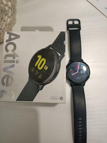 Продаются умные часы Samsung Galaxy watch active 2