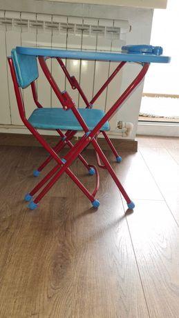 Продам столик и стульчик детские