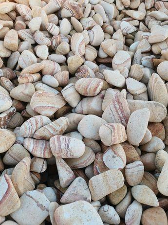 Pietricele pebble India