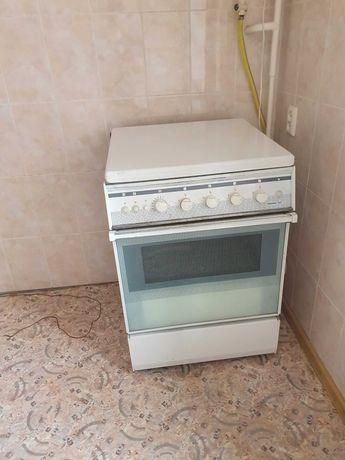 Газовая  плита с электроподжигом
