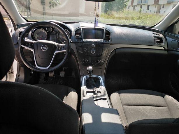 Vând Opel insignia 4800 euro
