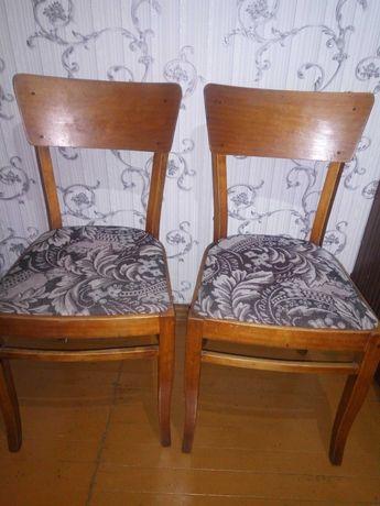 Продаю стулья.4 шт.
