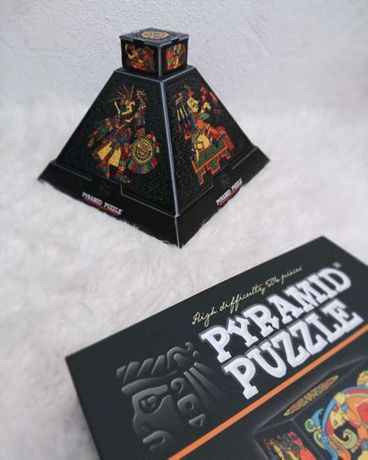 Pyramid Puzzle D-Toys
