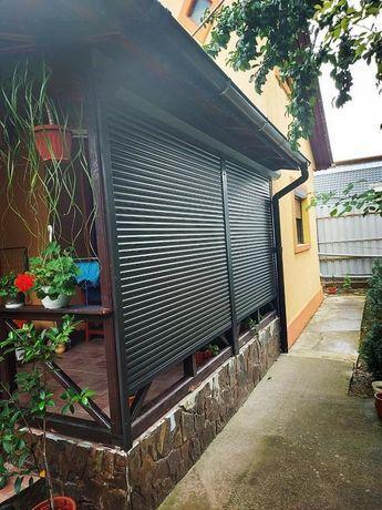 Uși de garaj, rulouri exterioare din aluminiu.