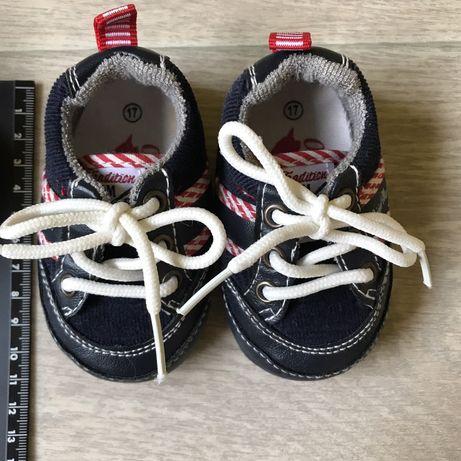 Обувь для грудничков (до 6 мес)