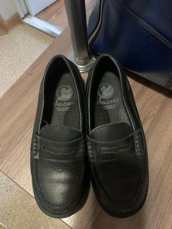 Продам туфли детские