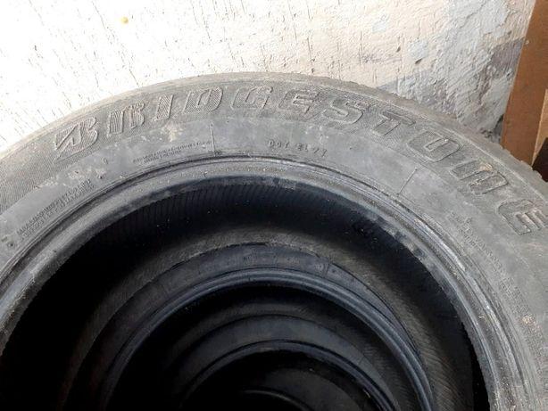 Продам летние шины 265/65/R17