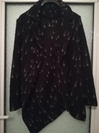 Дамско зимно палто с елегантна кройка