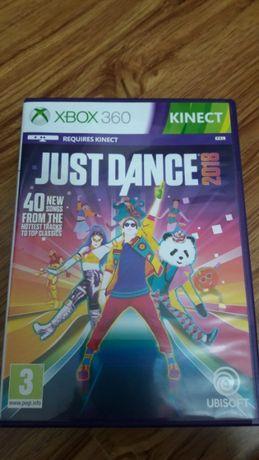 Vand Xbox 360 + foarte multe jocuri 48