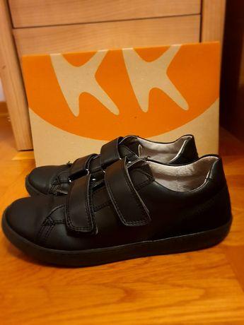 Спортно-елегантни обувки К&К