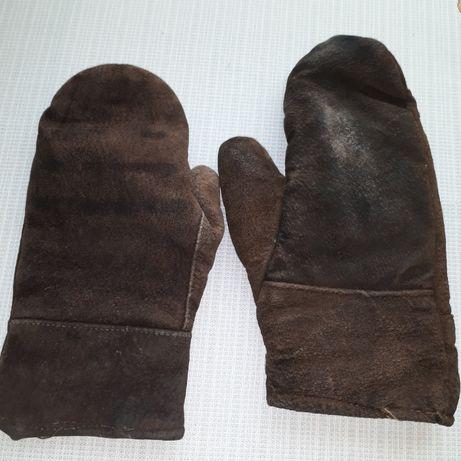 Топли ръкавици от естествена кожа