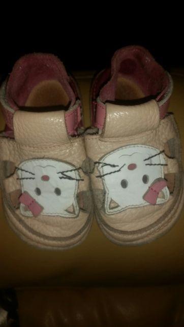 Sandale Tikki