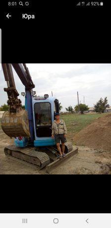 Услуги мини экскаватора с гидромолотом в Павлодаре