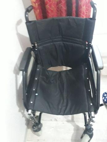 Инвалидская коляска