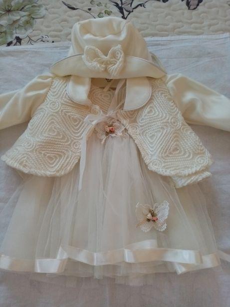 Vînd rochiță botez fetiță