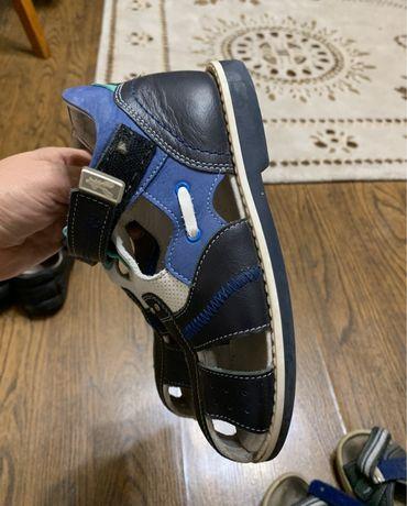 Сапоги ботинки geox, сандали, туфли р.30