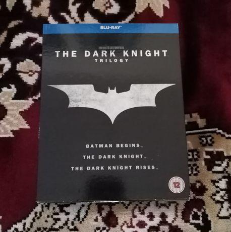 The dark knight trilogy (Cavalerul negru) blu-ray