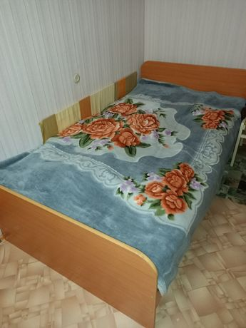 Срочно Продам кровать, матрас чистый