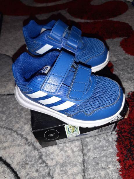 "Adidasi ""Adidas"""
