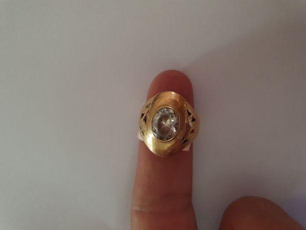 Vând inel dama de aur 14k
