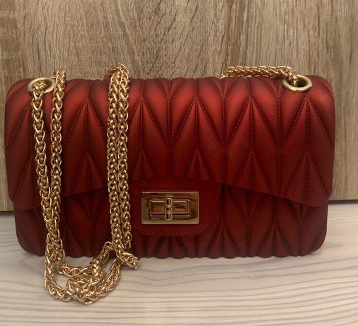 Дамска червена чанта