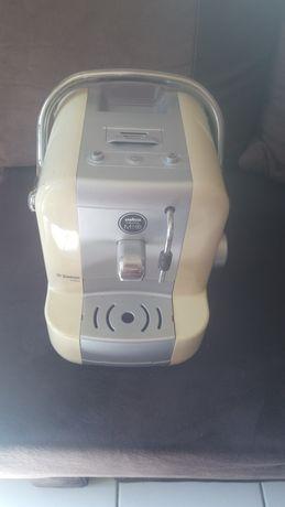 Kaфе машина на карсули Саеко в идеалеално состояние
